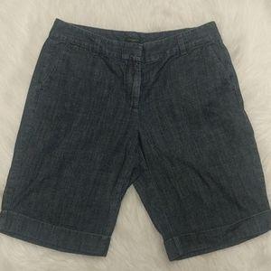 ANN TAYLOR Signature Cuffed Denim Shorts